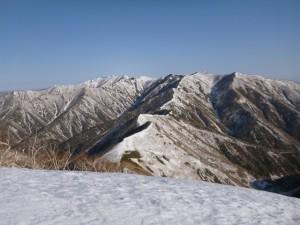 ⑩1068mから楽古岳方面を望む