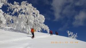 青い空に映える樹氷は何度見ても最高だ!