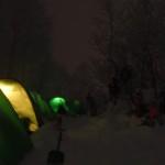 それぞれ、テントの中で団らん。笑い声が響いてました☆彡