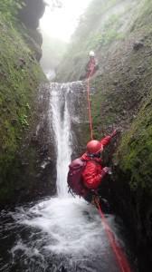水流から行ってロープ使いました