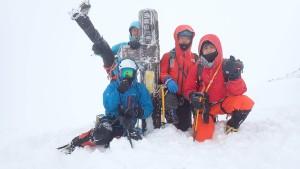 三段山登頂のY田パーティー