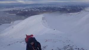 カミホロの予定でしたが、時間を考慮して上富良野岳までとしました。